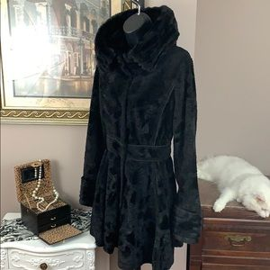 Laundry by Shelli Segal Faux Persian Lamb Coat Sm